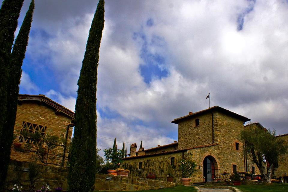 castello-di-meleto-tuscanpledges-02
