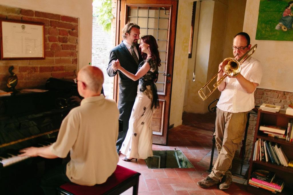 wedding-in-italy-tuscany-rhonda-jonathan-tuscanpledges-05